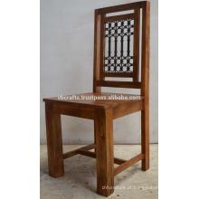 Sábio Mango Wood Iron Jali Chair