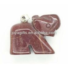 Pendentif en pierre semi-précieuse en forme d'éléphant naturel