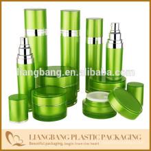 Emballage cosmétique en bambou avec pot et bouteille