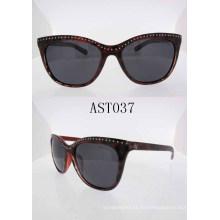 Moda estilo Ladies Sun lector de gafas con el templo especial Ast037
