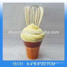 Porta-utensílios de cerâmica decorativa com forma de sorvete para venda por atacado