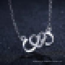 Elegante 925 coração de prata esterlina vinculado ao colar de pingente de coração