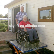 Hot sale Electro-hydraulic 250kg platform lift for handicapped