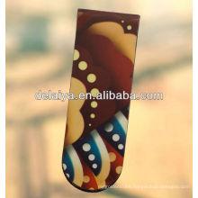 Cheap folding magnet bookmark