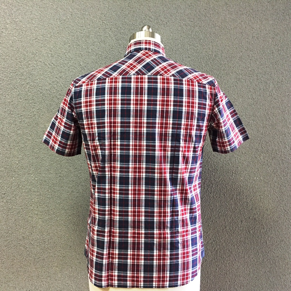 Men's cotton plaid yarn dyed short sleeves shirt