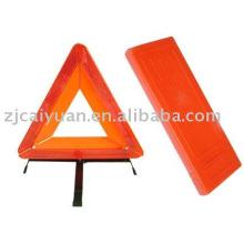 triángulo reflectante de tráfico