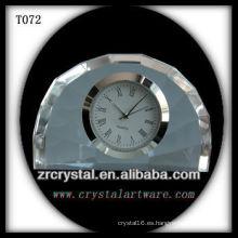 Maravilloso reloj de cristal K9 T072