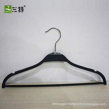 wholesale antislip rubber coat hangers