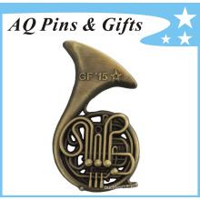 3D French Horn Metal Badge in Antique Bronze of Metal Crafts (badge-118)