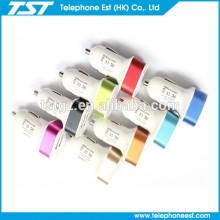 El vendedor 2.1 Un cargador del coche del USB de 2 puertos para el teléfono elegante