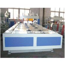 Machine en plastique pour tuyau de veste de PE