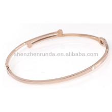 O ouro fino fino delicado simples aumentou o projeto feito sob encomenda pode gravar a forma personalizada rhinestone zircon a jóia dos braceletes do bracelete