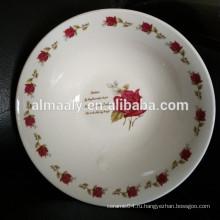 Белые свадебные чаши с красной розой