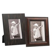Nuevo marco de madera de la foto para el hogar o el regalo
