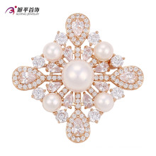 Xuping Fashion Luxury Gold-Plated Cristales de Swarovski Pearls Flower-Shaped Jewelry Element Brooch -00010