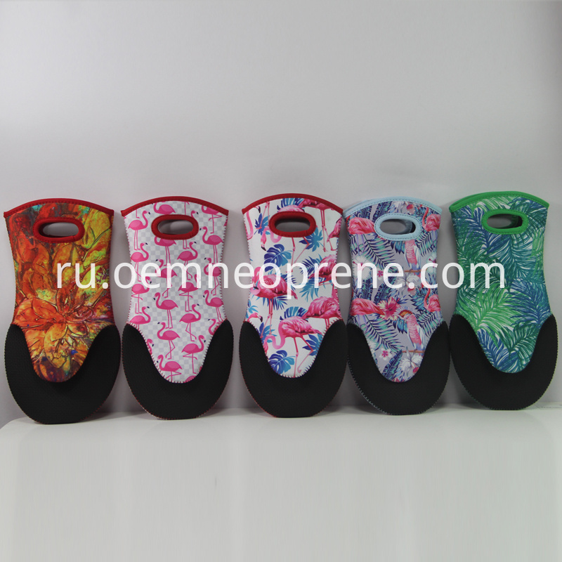 customized design oven mitts