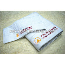 Alta qualidade personalizado logo available100 por cento atacado algodão hotel toalha de praia