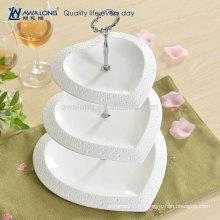 Forme du coeur Jolie conception Plaine Blanc Fine Céramique Chine personnalisée Trois couches Assiettes aux fruits, Assiettes à dessert unique