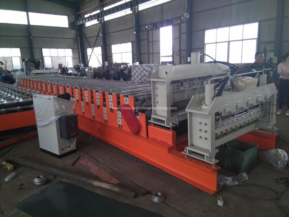 Double layer roll forming machine for Pakistan customer