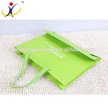 Подгонянный Логос фабрики Китая мешок покупкы бумажный,изготовленная на заказ бумажная хозяйственная сумка, роскошный бумажный мешок покупкы