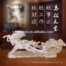 Holiday decoration business gift Christmas ornament Africa market resin horse crafts