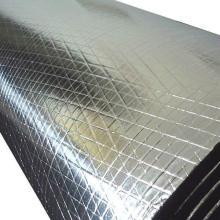 Schaumstoffplatte mit Aluminiumfolie