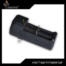 Многофункциональное зарядное устройство 18650 3W / 7.3W / 8.4W (макс.) 18650 Зарядное устройство для аккумулятора