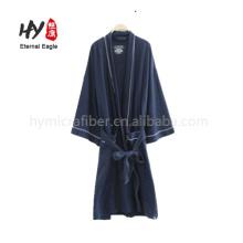 Подгонянные вышивкой, махровые халаты для гостиницы
