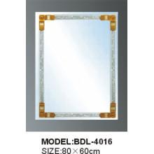 Miroir en verre d'argent de salle de bains d'épaisseur de 5mm (BDL-4016)