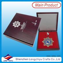 Heiße verkaufende Stern-geformte kundenspezifische Medaillen mit Band und kundenspezifischem Kasten