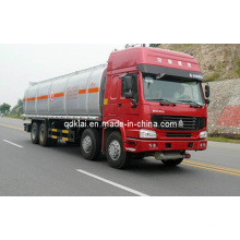 Sinotruk HOWO China 25000L Capcacity Oil Fuel Tank Truck