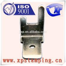 Acessórios elétricos de alta qualidade para estampagem de metal com alfinetes de contato esquerdo