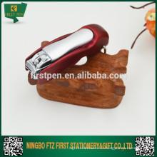Ножницы для ногтей с шариковой ручкой