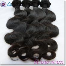 Cabello humano sin procesar barato sin procesar de la fábrica brasileña del pelo del pelo de la Virgen