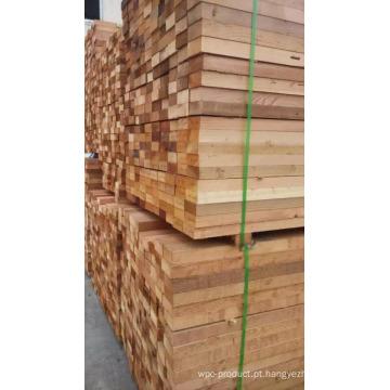 Madeira de madeira seca do cedro vermelho do anúncio da primeira mão