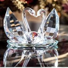Beautiful Crystal Swan for Wedding Gift