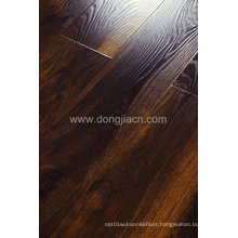 Strong Contrast Synchronized Surface Laminate Flooring with High Abrasion 14645