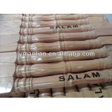 barandilla de escalera de madera de teca