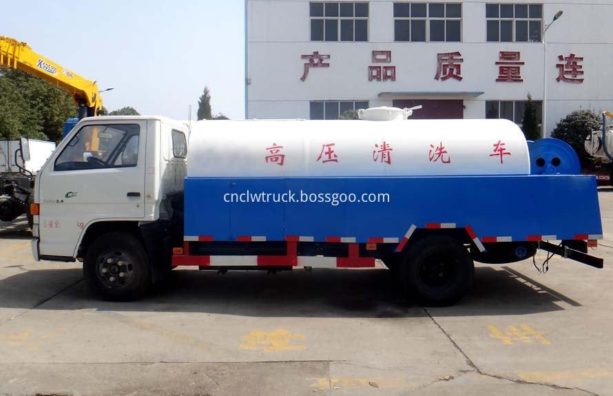 high pressure washer truck 1
