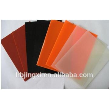 Hoja transparente de silicona de color rojo