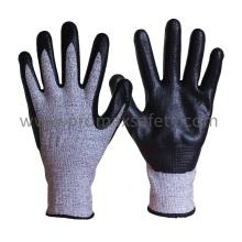 Gants de travail tricotés antidérapants Hppe avec mousse noire en nitrile Palm Coated