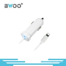 Mini-buntes Universal-Autoladegerät mit Kabel für alle Handys
