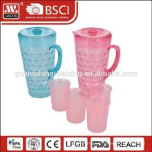 bouilloire en plastique 1,8 L avec 4 tasses