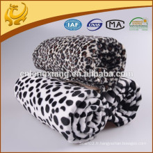 100% acrylique Classic Dot Jacquard Fabriqué en Chine Own Factory Winter Soft Blanket For Baby