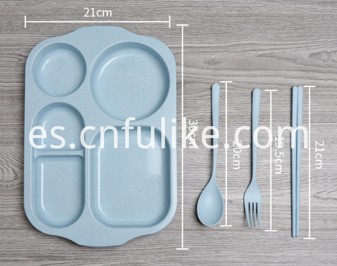 Plastic Dinnerware Set