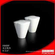 guangzhou wholesale stock white salt and pepper shaker wedding gift set
