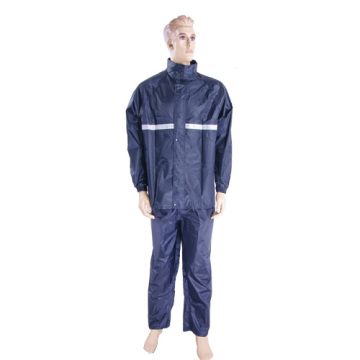 Men's nylon rainsuit