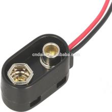 La batería de cobre de 9V se ajusta con los conectores y alambres de la batería PPS