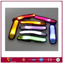 Оптовая красочный светодиодные светоотражающий slap браслет для спорта безопасности