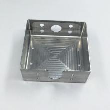 Bearbeitung Aluminium Batteriefach für Taschenlampe